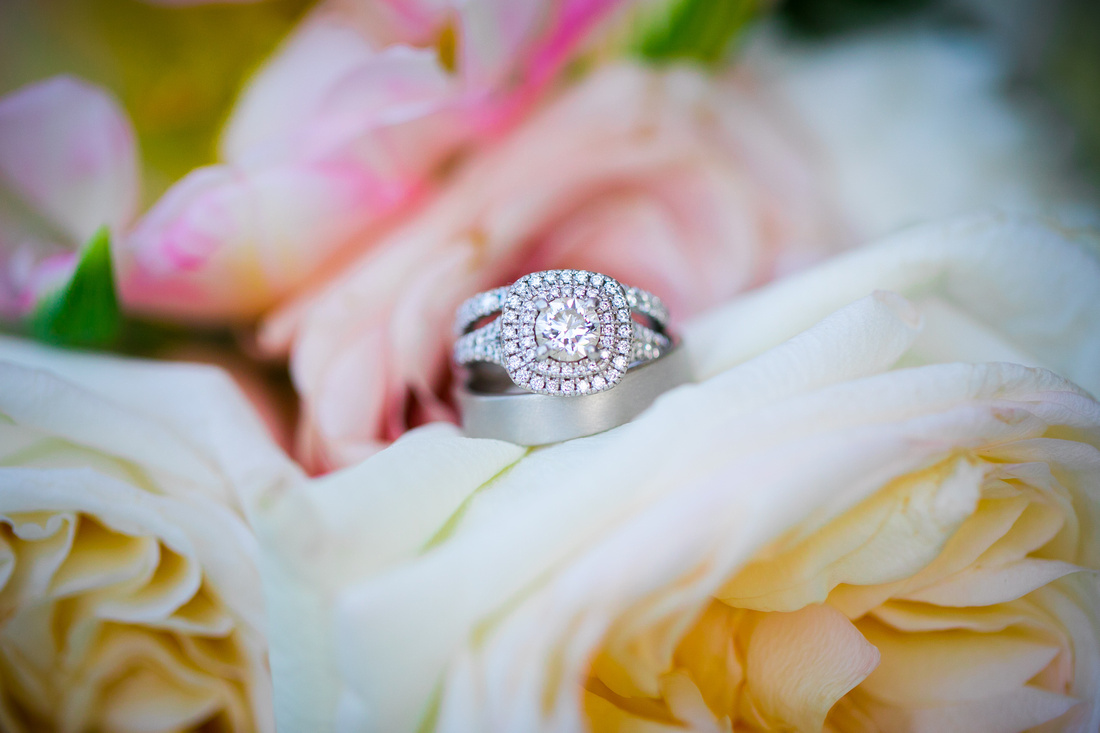 wedding bands on bouquet