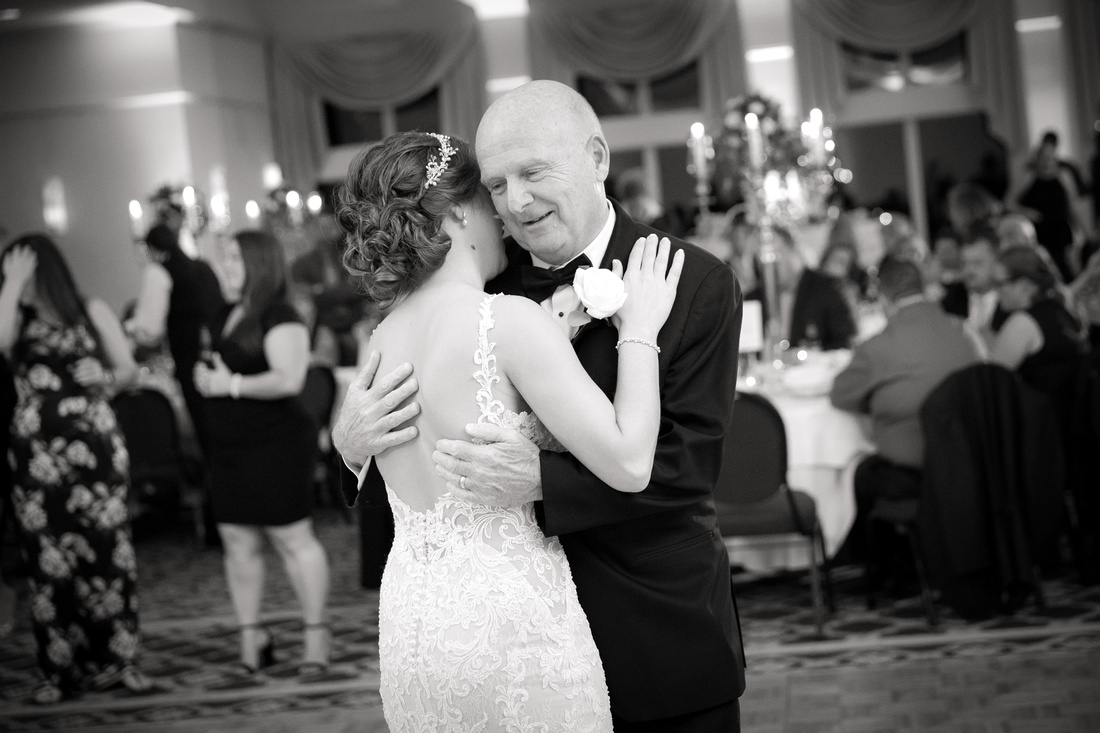 Bride dances with dad