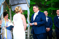 groom reads vows